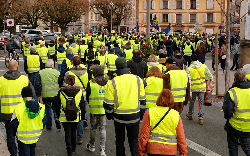 Manifestation du mouvement des gilets jaunes à Belfort