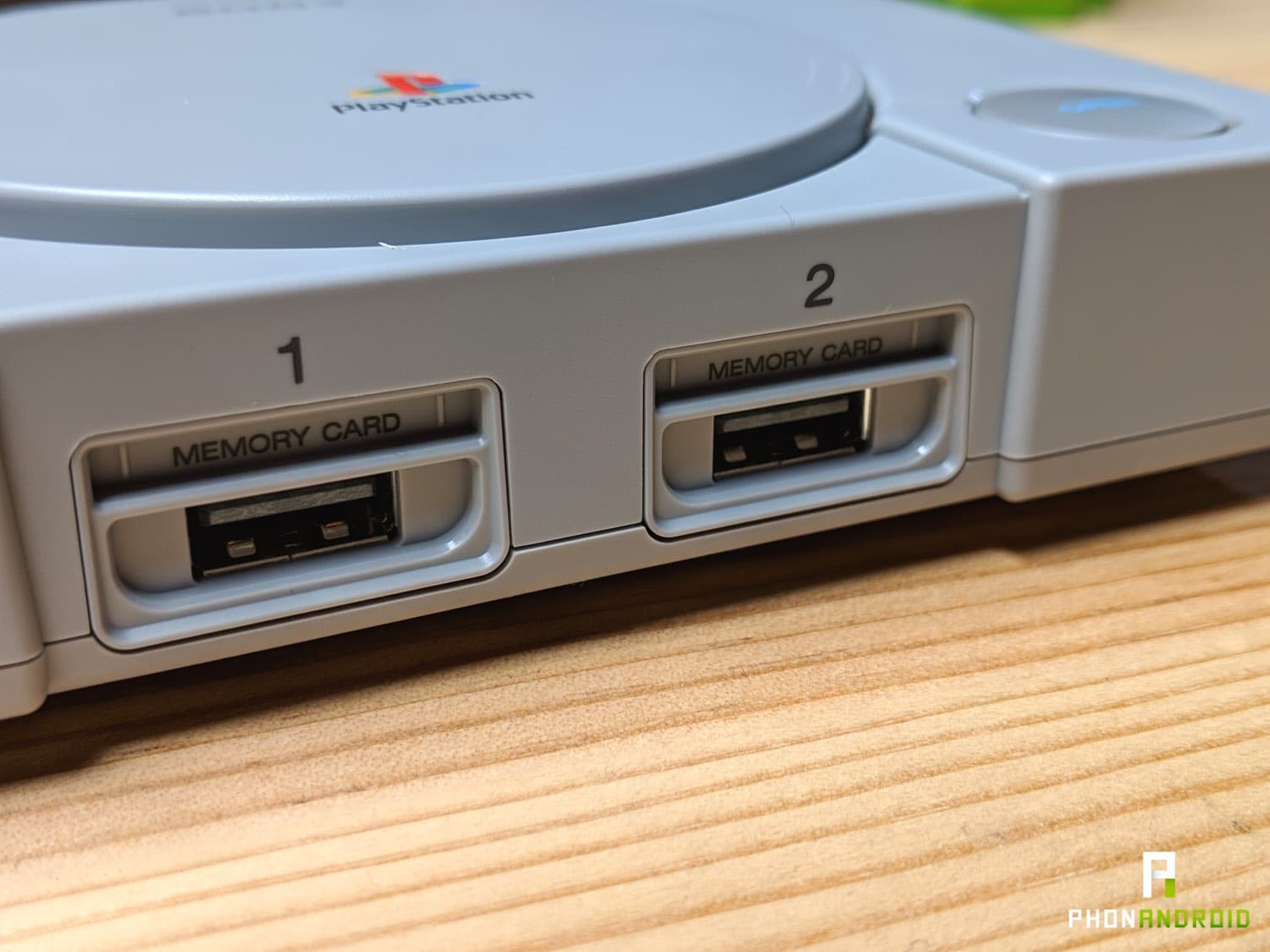 test playstation classic port manettes