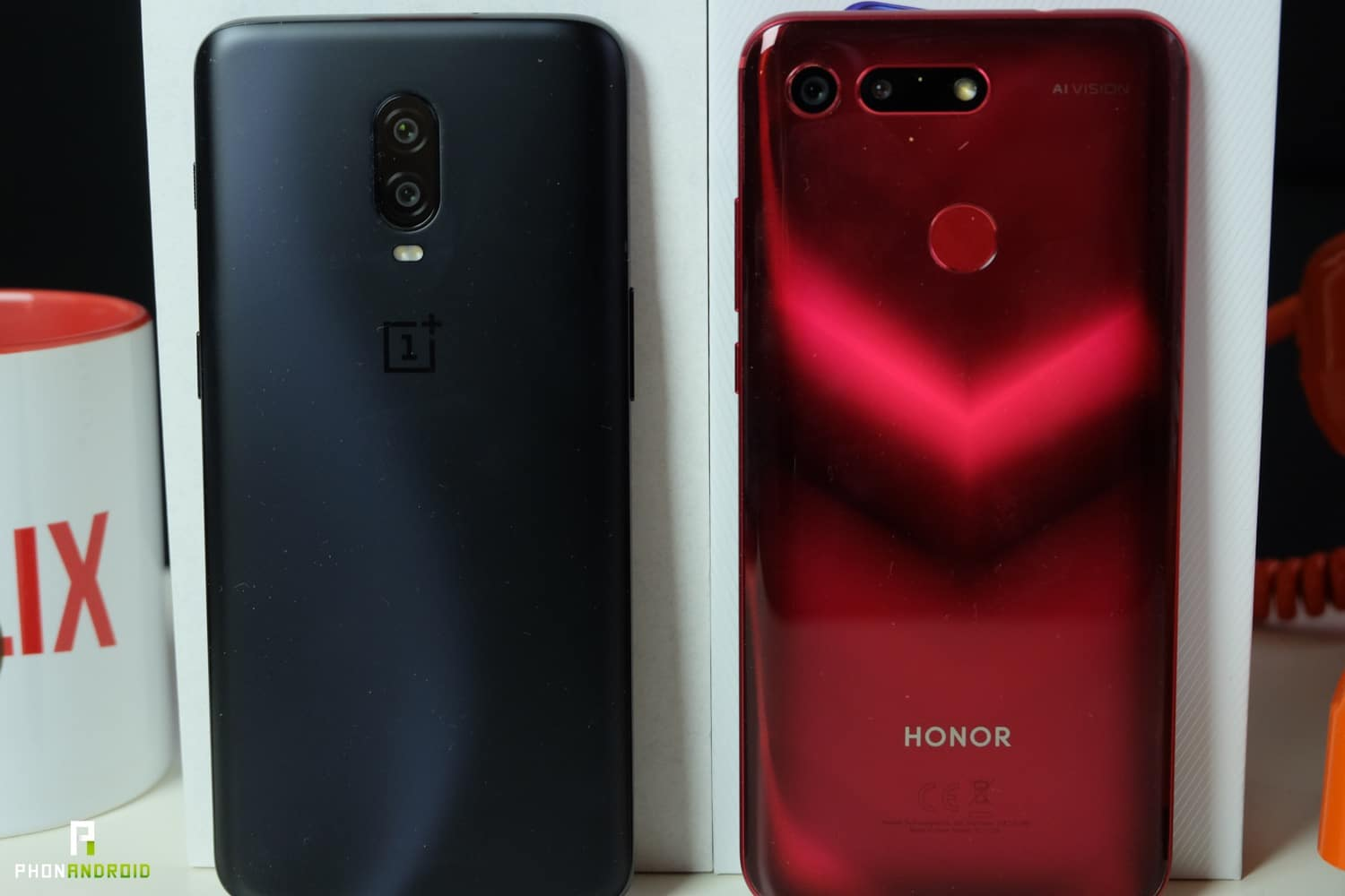 comparatif honor view 20 OnePlus 6t design