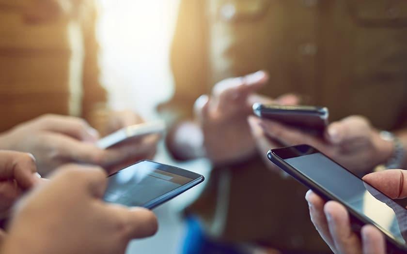 ventes smartphones chute libre