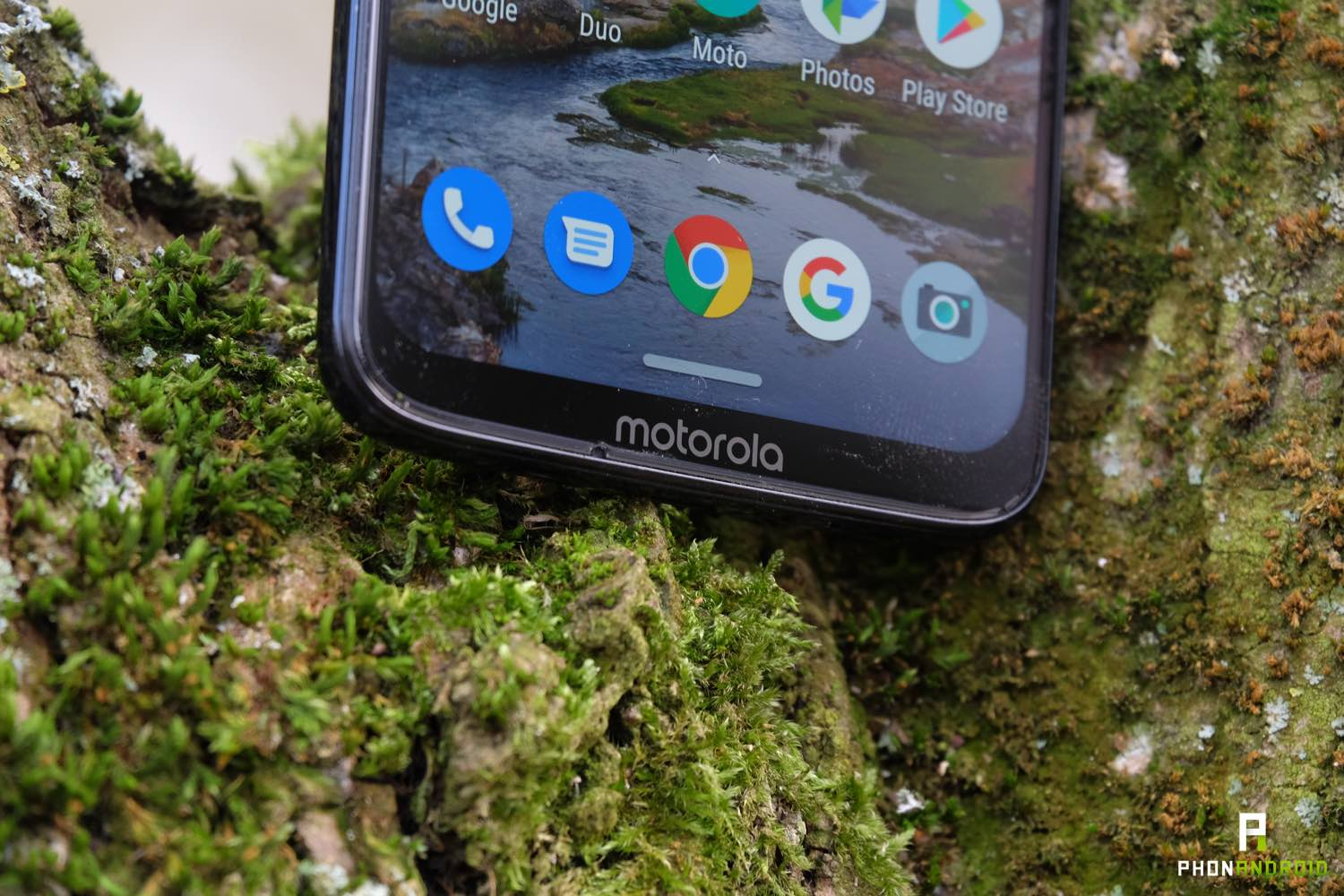 test moto g7 plus design menton