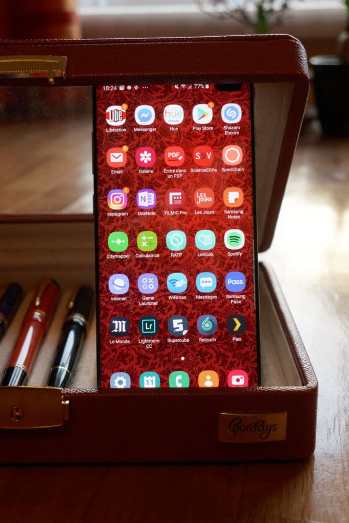 Design avant du Samsung Galaxy S10