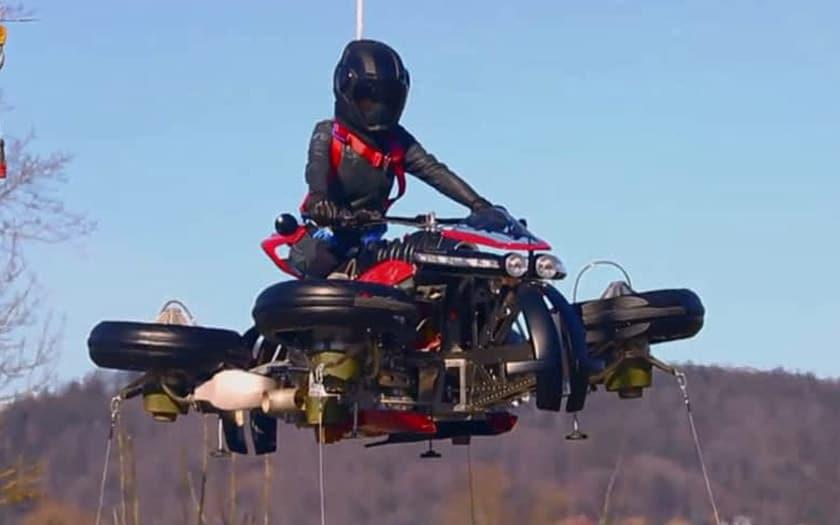 lazareth 496 moto volante