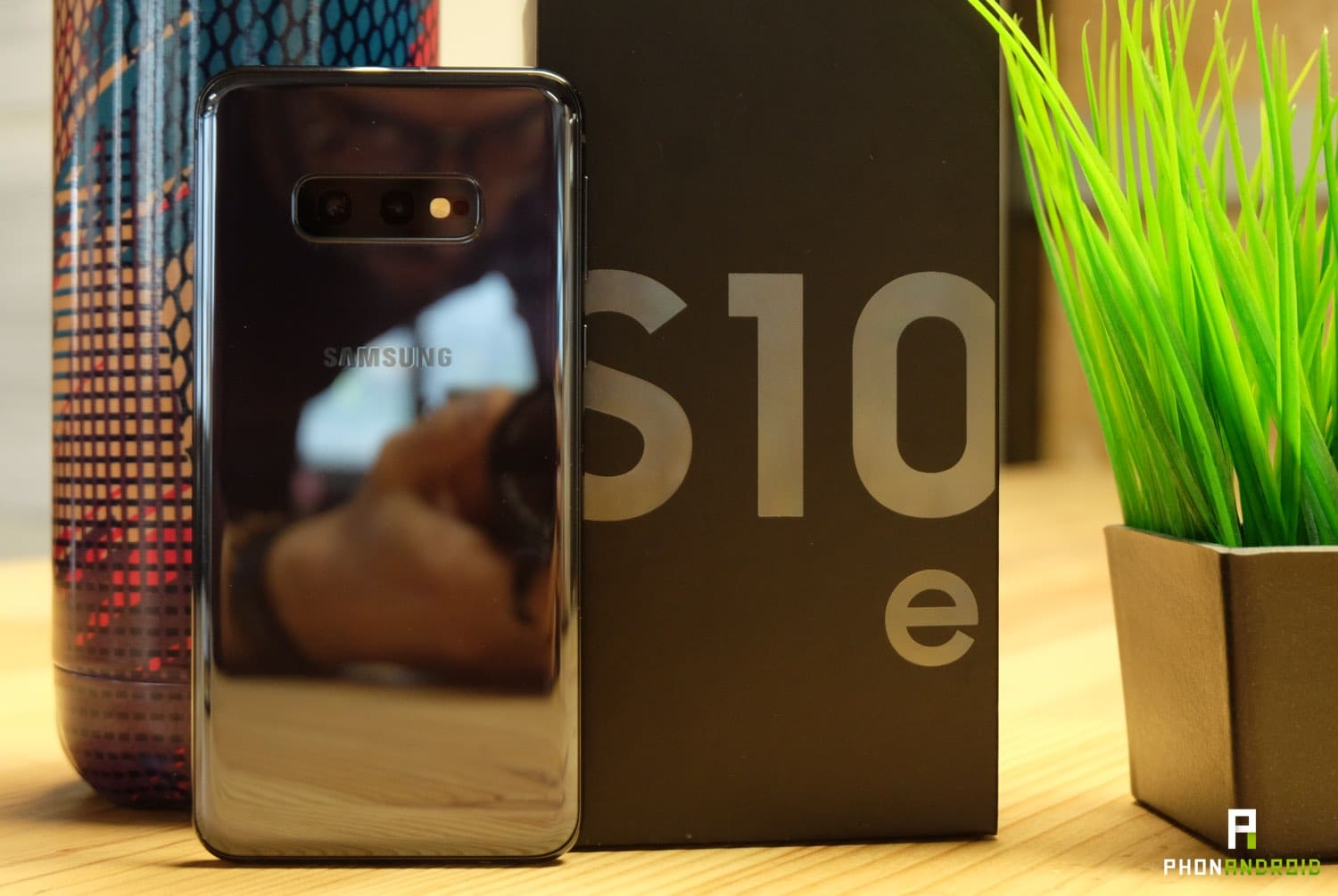 test samsung galaxy s10e design