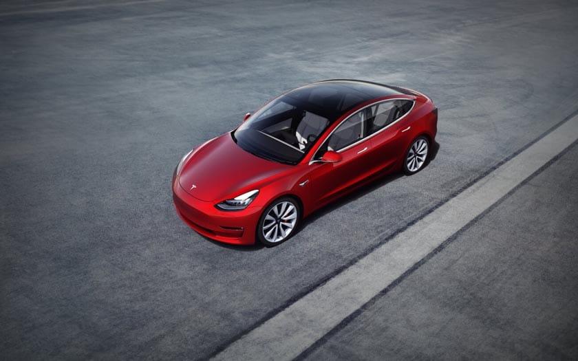 Tesla Model 3 : la durée de vie de la batterie va jusqu'à 800 000 km selon Elon Musk