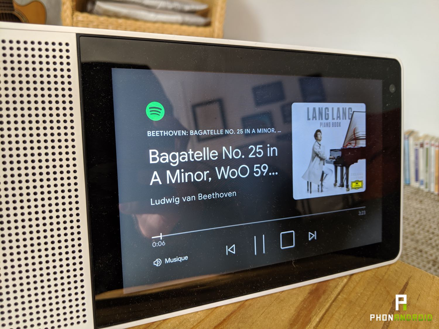 test lenovo smart display spotify