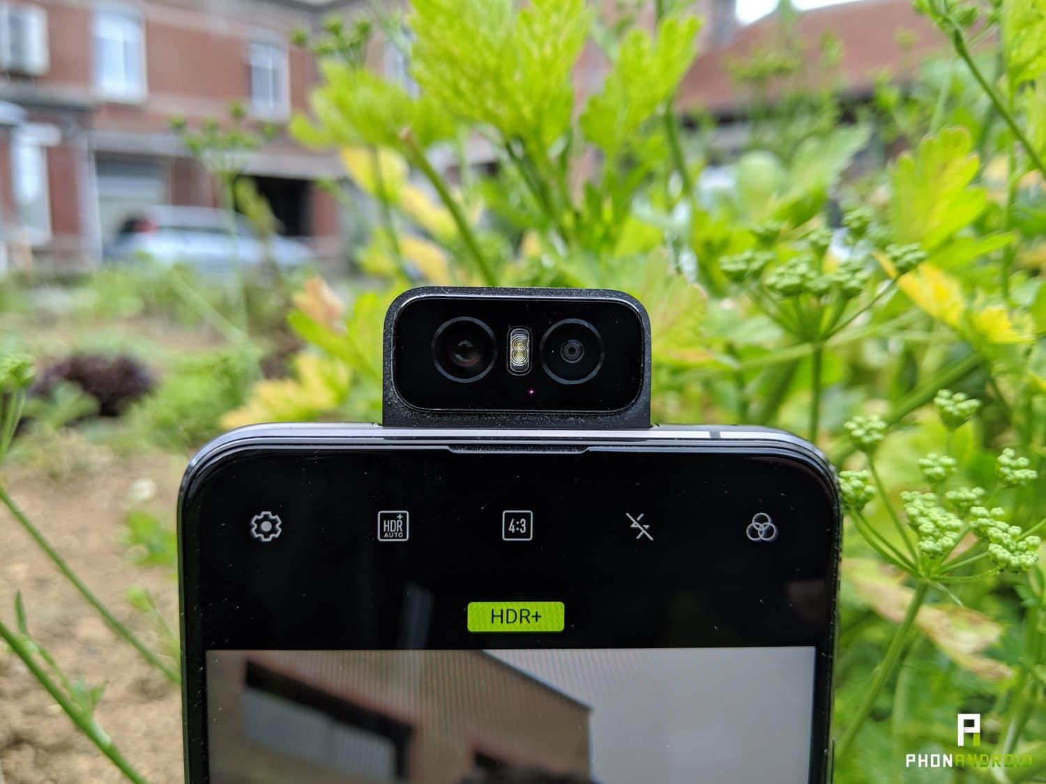 test asus zenfone 6 flip camera wall e