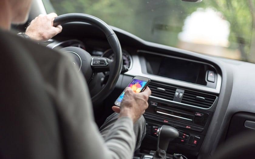 téléphone volant suspension permis infraction fin 2019