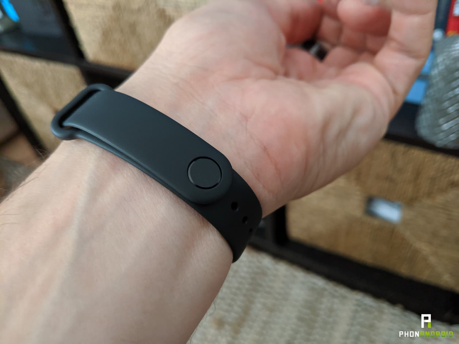 test xiaomi mi band 4 cravate