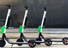 trottinettes électriques parking