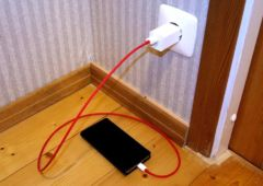 chargeur smartphone