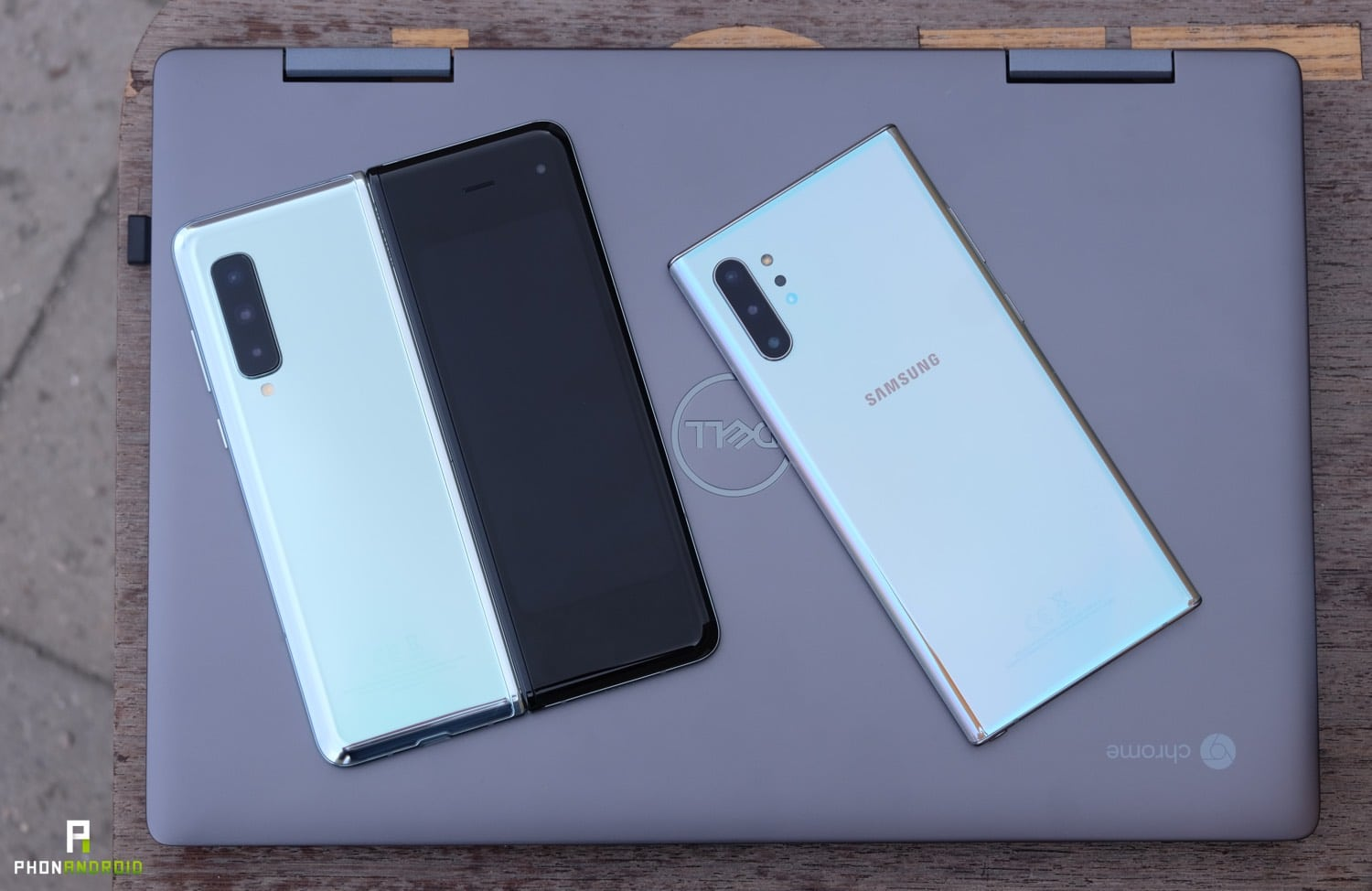 test samsung galaxy fold design dos