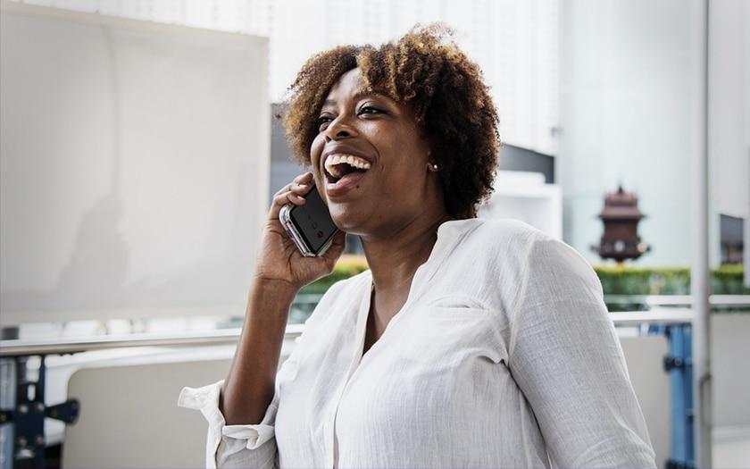 Le smartphone est la clé du bonheur pour près d'un français sur deux