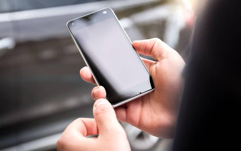 Une faille d'Android permet de vous espionner par la caméra et le micro de votre smartphone
