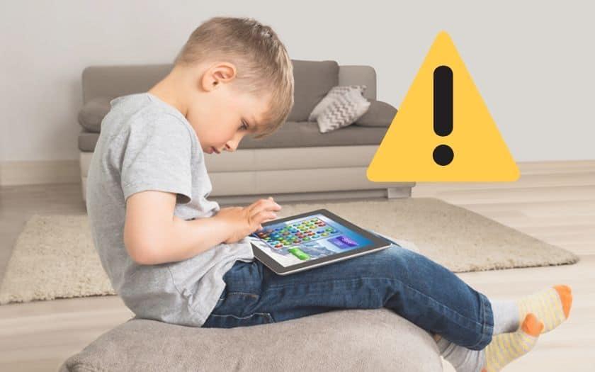 Le cerveau des enfants en danger écran smartphone tablette