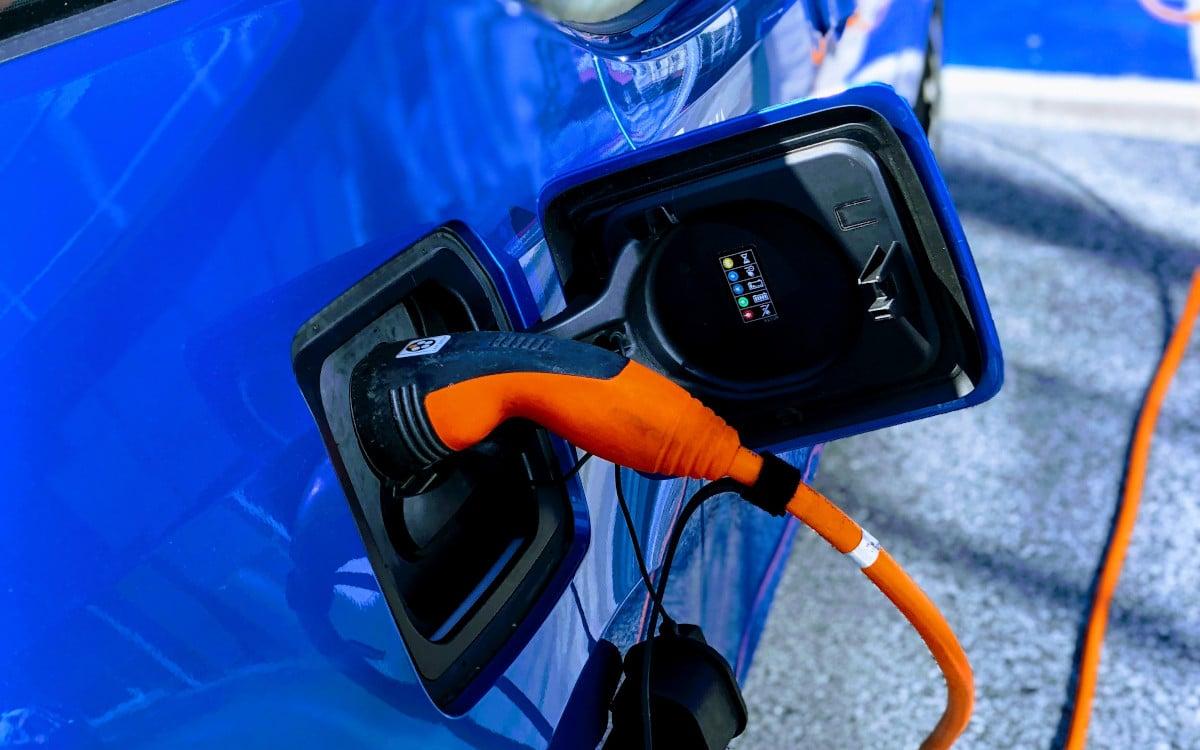 dossier ou charger un vehicule electrique 5
