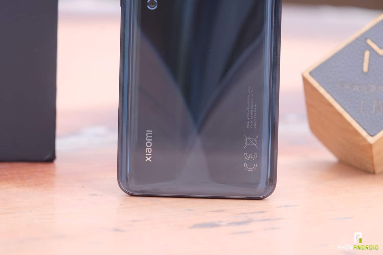 test xiaomi mi note 10 design logo