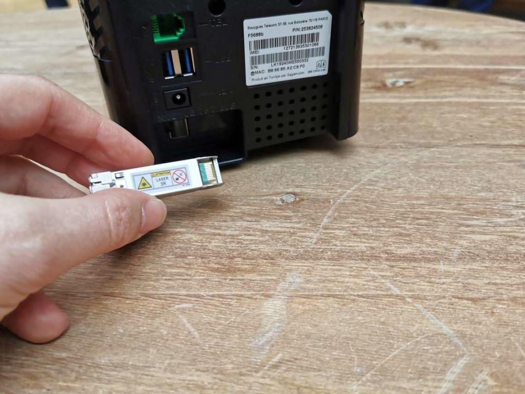 Le transpondeur fibre SFP+ de la nouvelle box