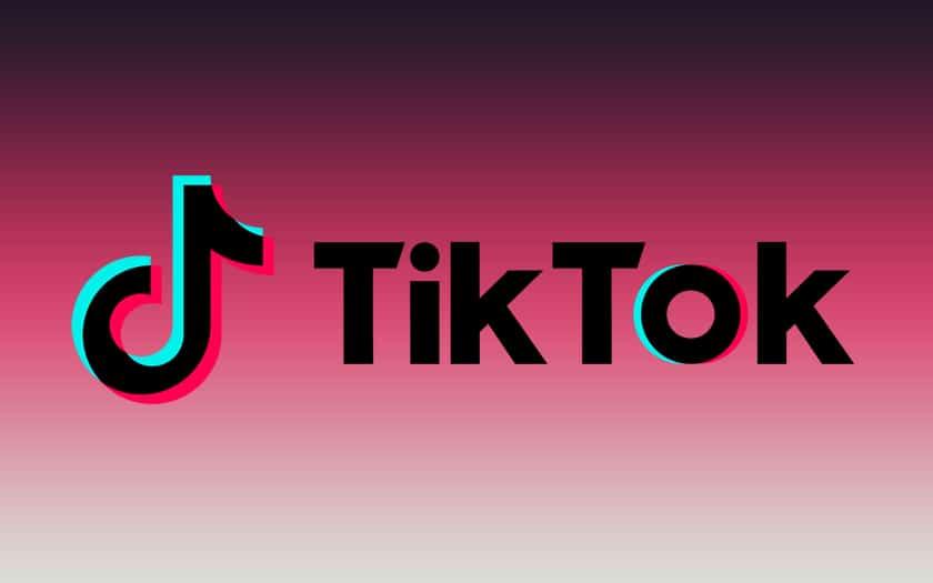 logo TikTok et fond coloré