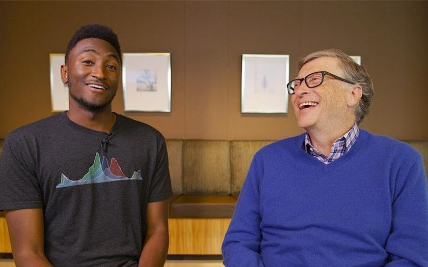 Marques Brownlee et Bill Gates
