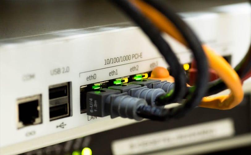 câbles ethernet internet