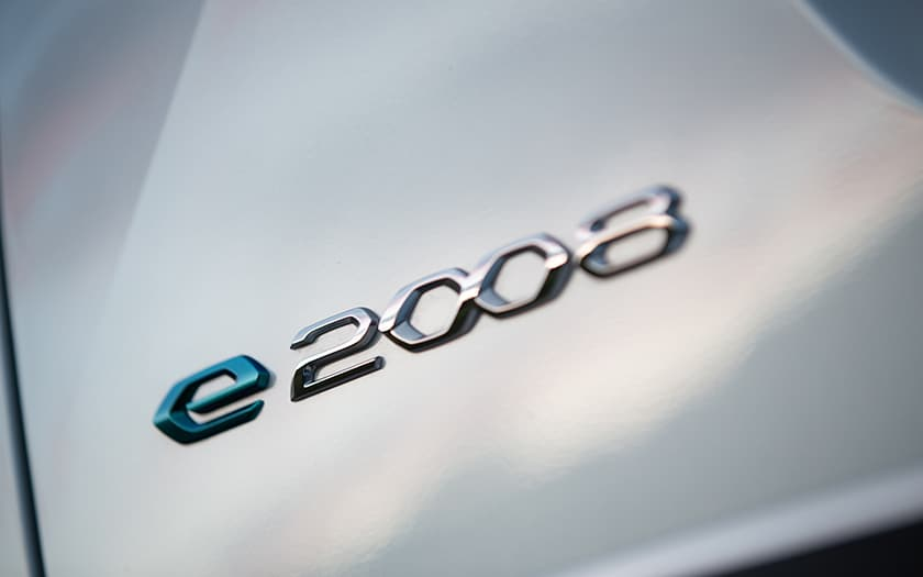 Essai Peugeot e-2008