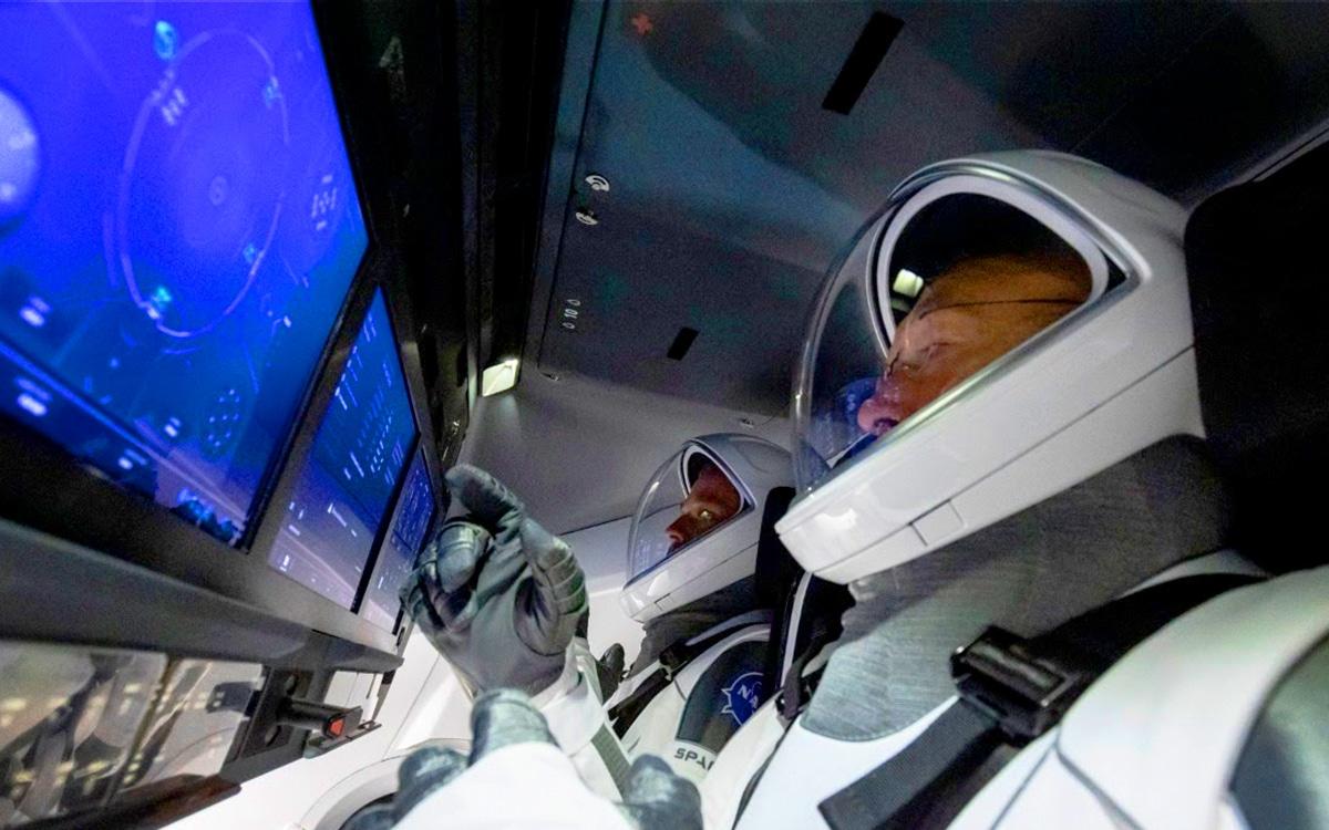 SpaceX Crew Dragon Falcon 9