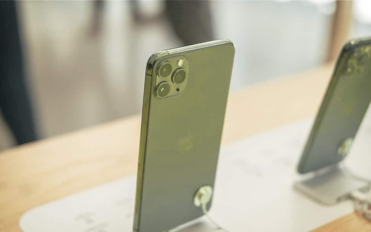 iPhone 11 Pro Apple Store