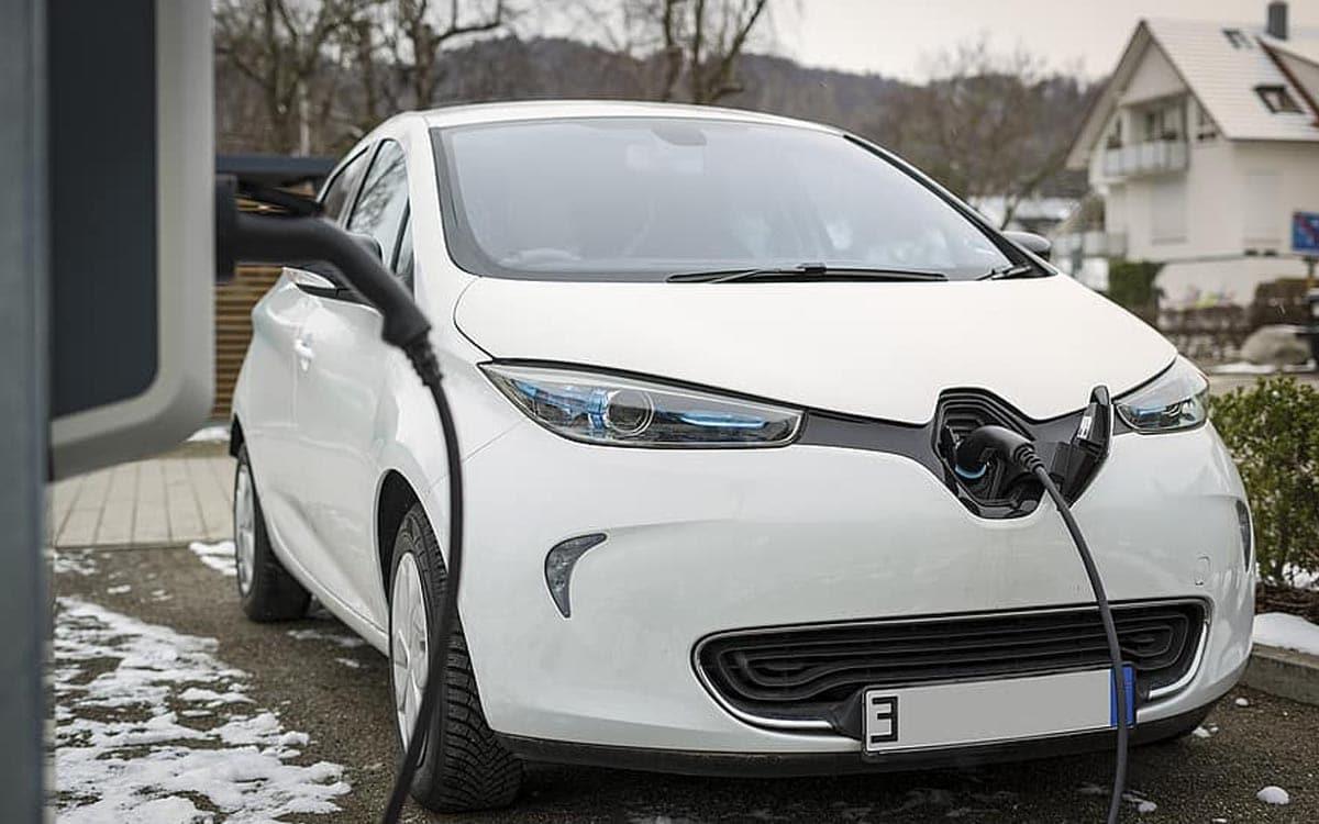 recharge voiture électrique coût