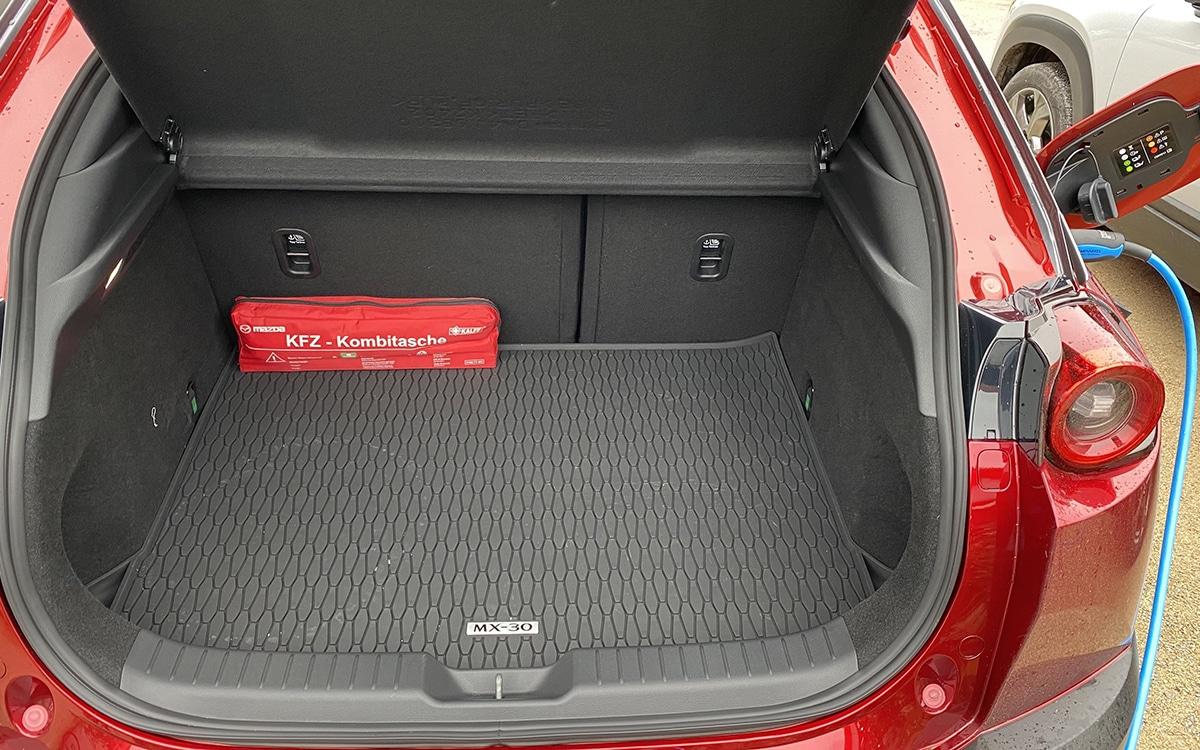 Mazda MX-30 trunk