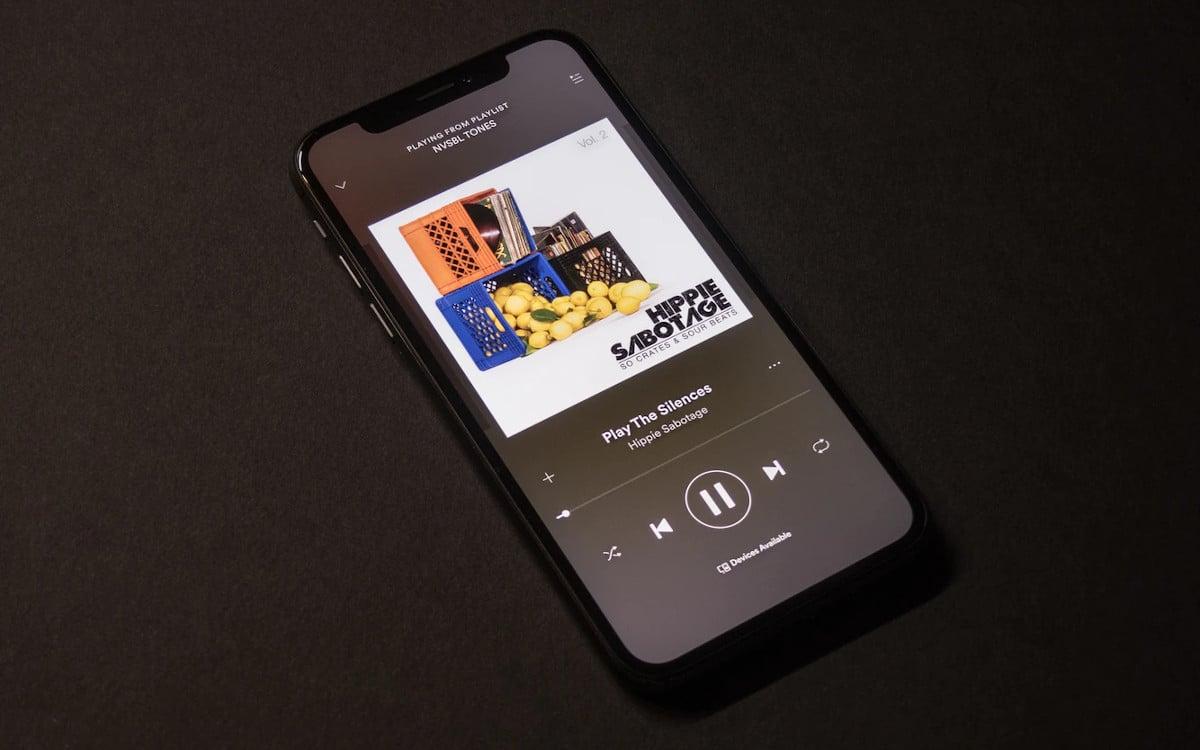 apple russie plainte major musique