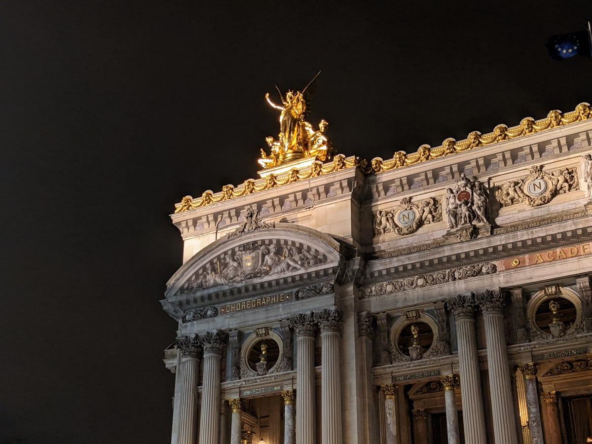 Photo prise avec le Pixel 4a 5G opéra zoom nuit