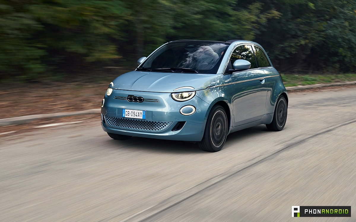 Fiat 500e on the road