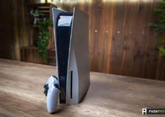 Sony PS5 vue avant verticale
