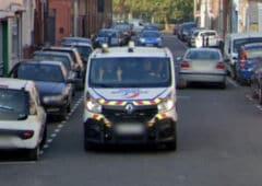 google maps policer doigt honneur car