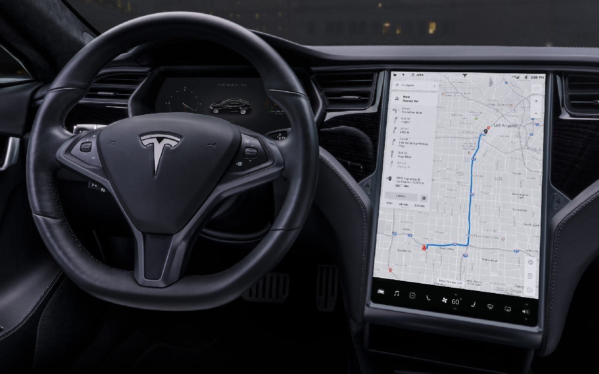 Tesla système d'info-divertissement