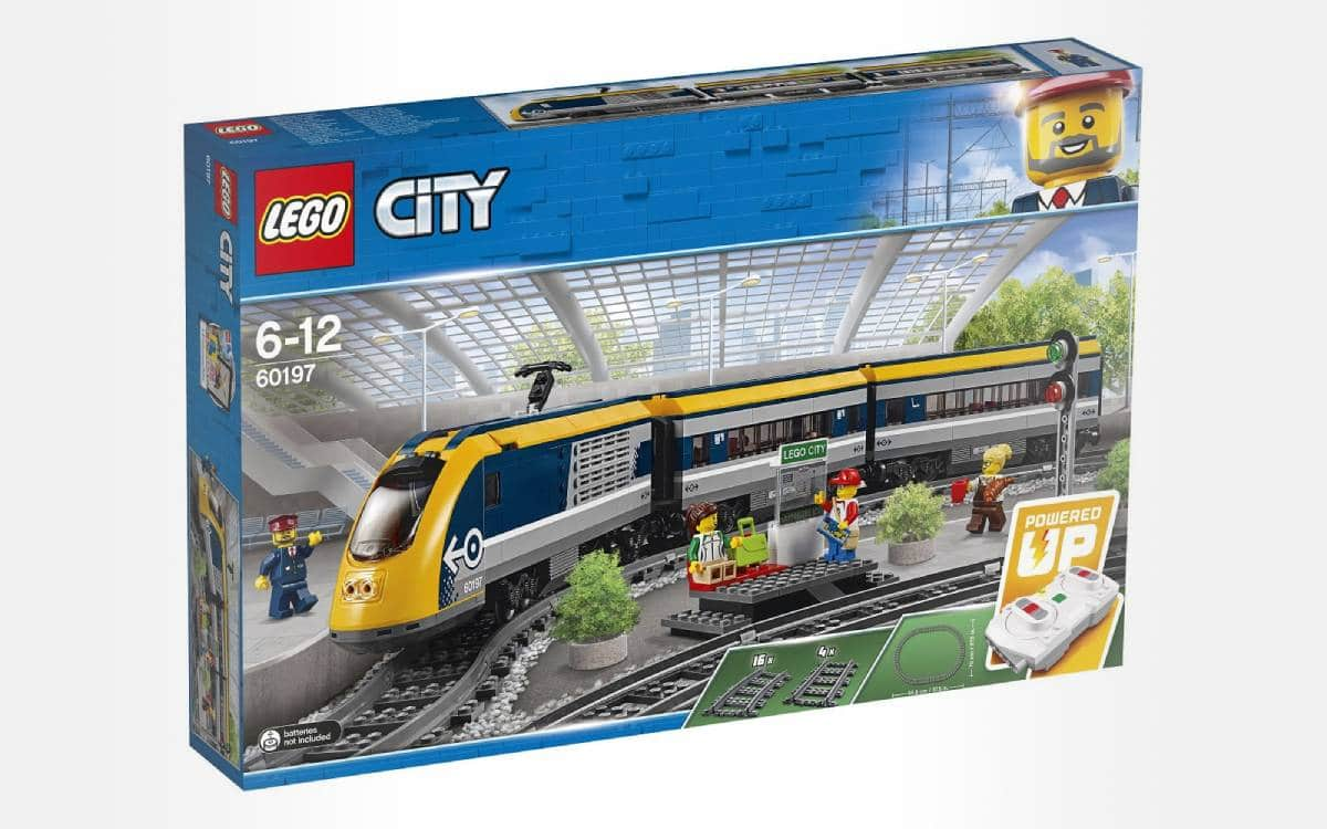 LEGO City 60197 - Le train de passagers télécommandé chez Auchan