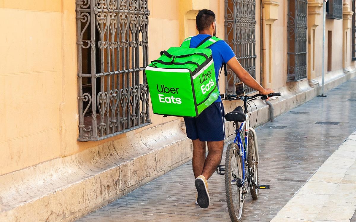 Uber Eats delivery man