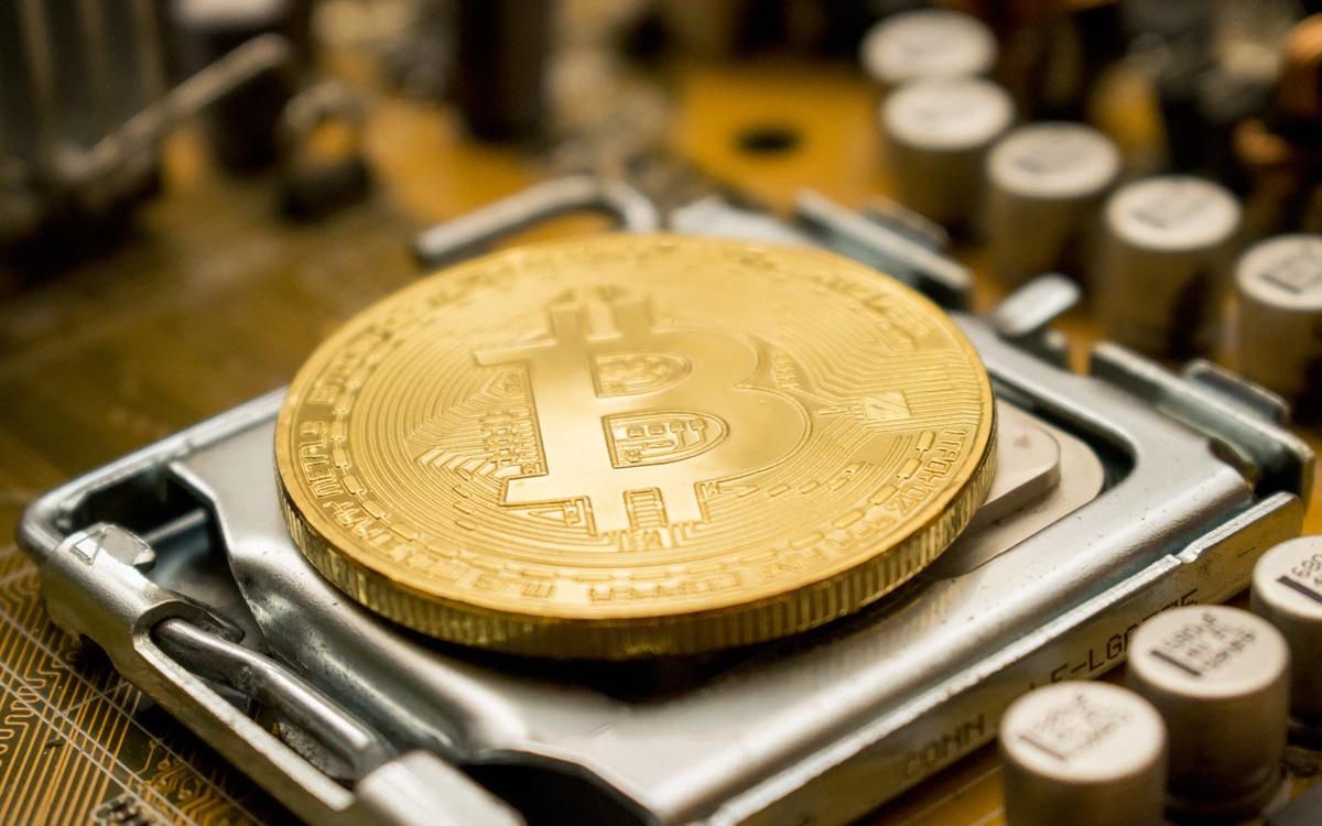 bitcoin mineurs volent électricité