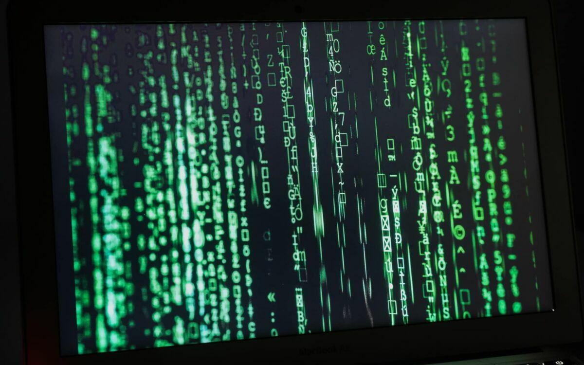 Macbook hacking