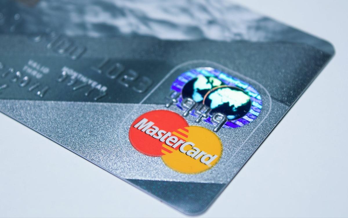 mastercard accepte paiements cryptomonnaies