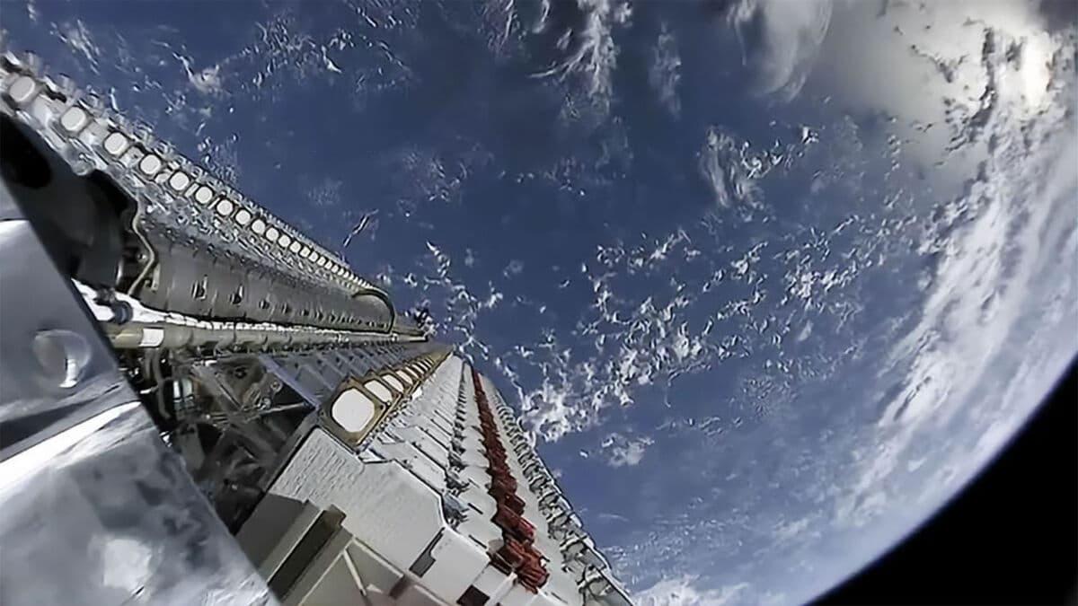 Déploiement de satellites Starlink