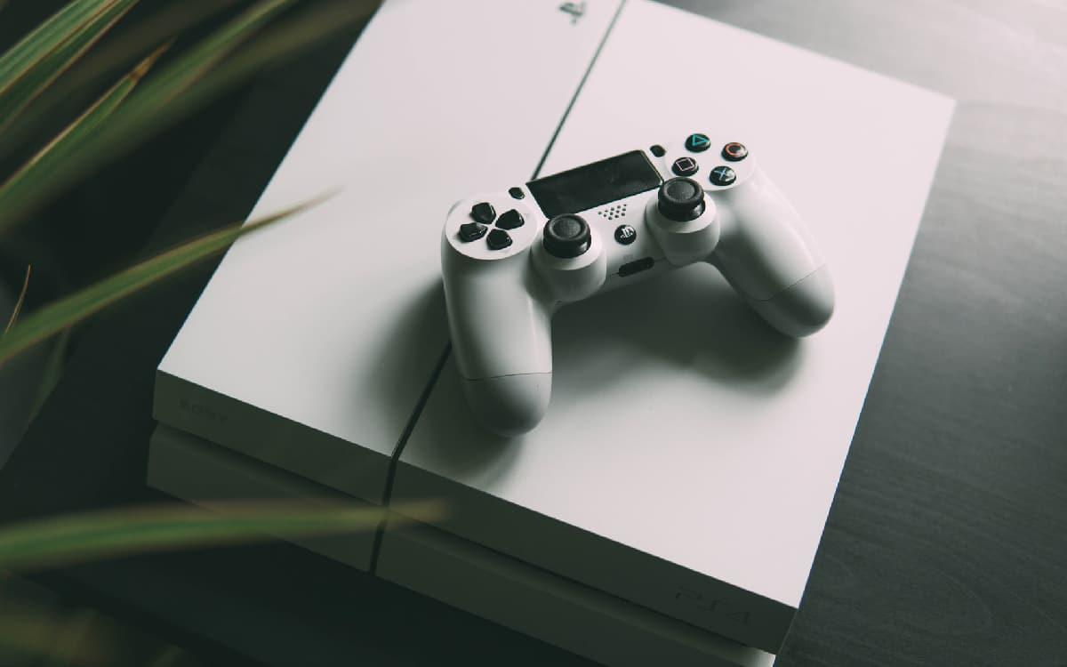 PS4 : attention, la mise à jour 9.0.0 fait planter certaines consoles !