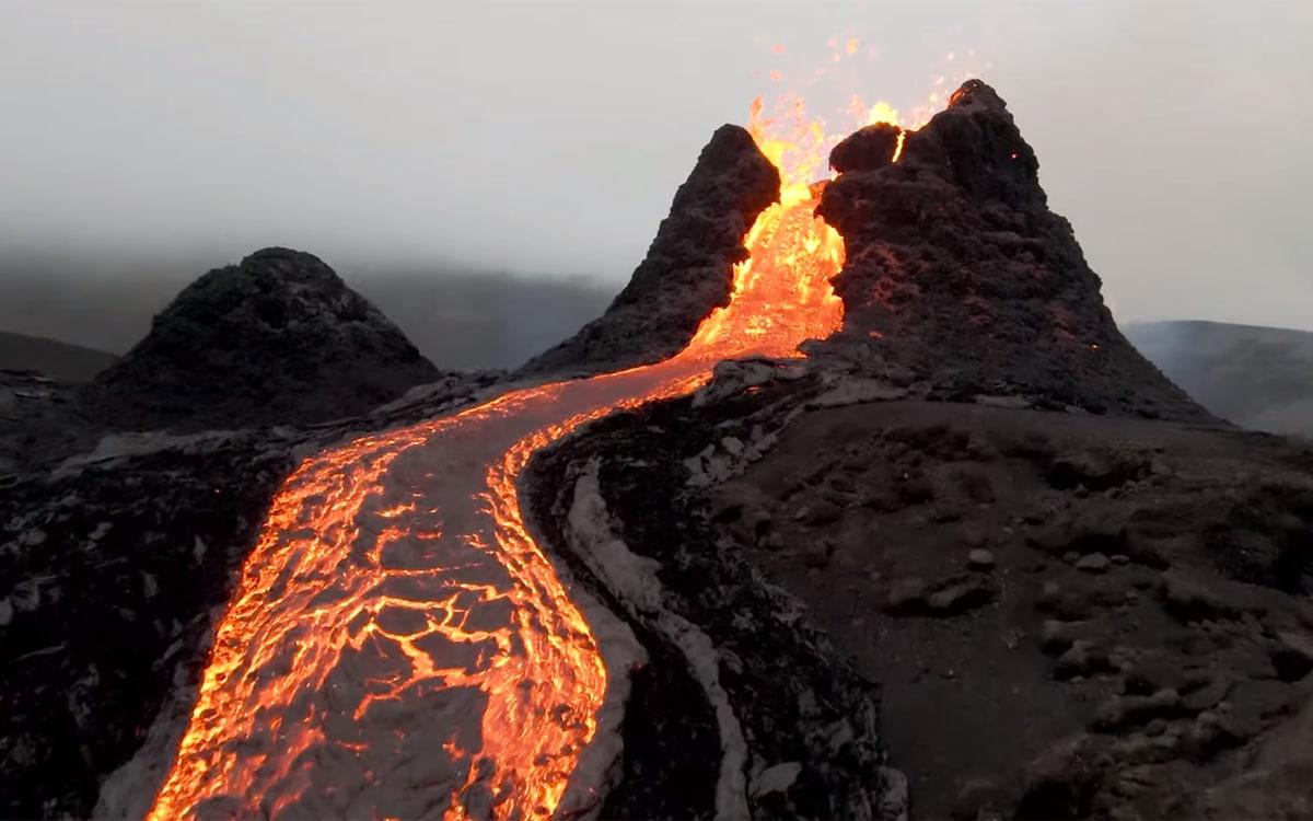 drone islande volcan