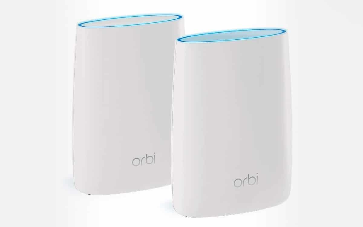 Système WiFi Mesh Tri-Bandes Orbi