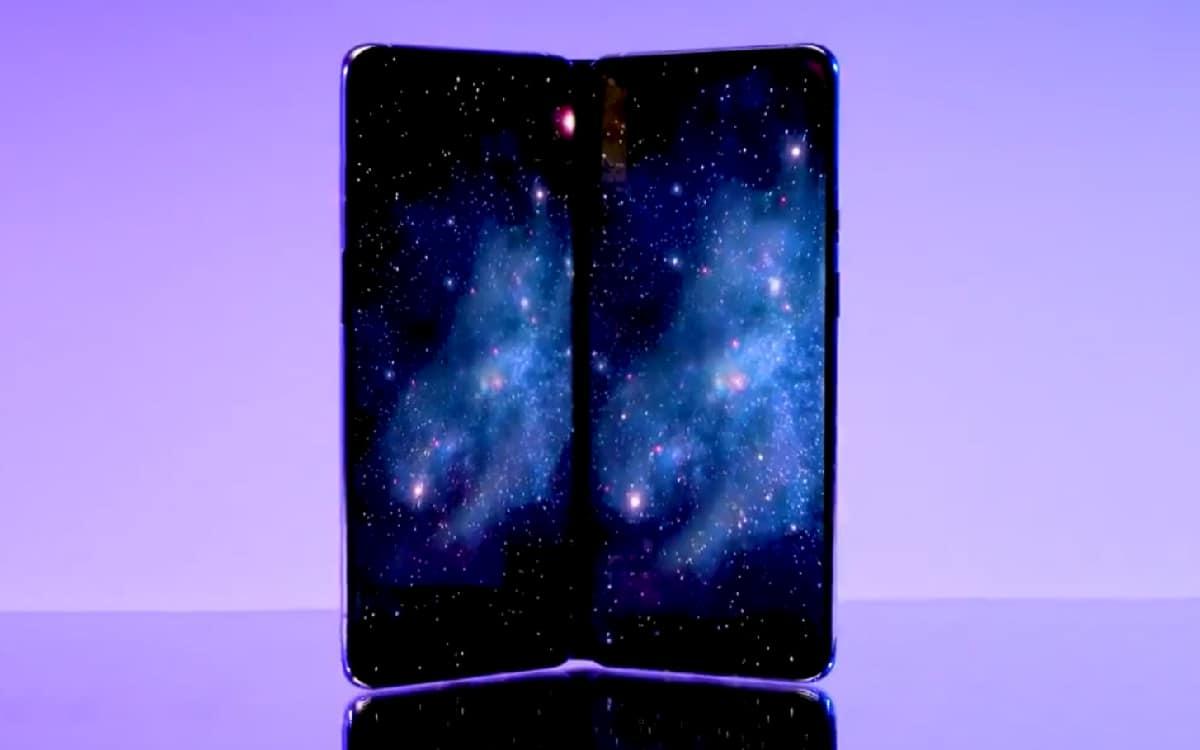 OnePlus smartphone pliable
