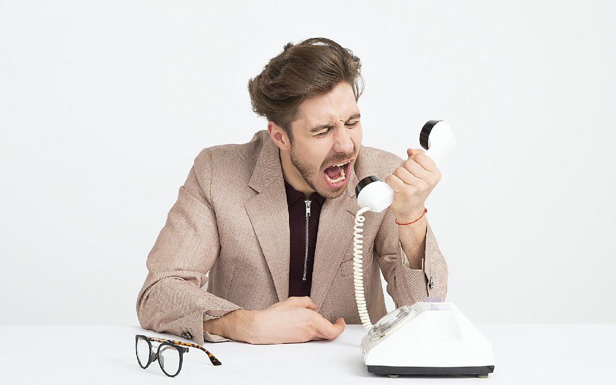 cri téléphone