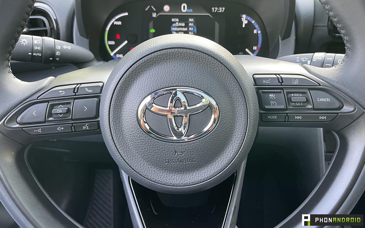 Toyota Yaris Cross volant
