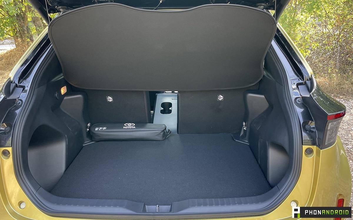 Toyota Yaris Cross coffre version Première
