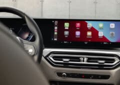 bmw i4 carplay integration